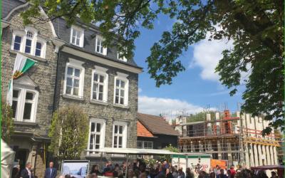 Grundsteinlegung des Bürgerdorfs