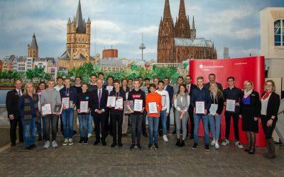 Kreissparkasse Köln zeichnet die erfolgreichsten Teilnehmer ihres 38. Börsenspiels aus