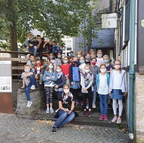 Geschichtswanderung des Hollenberg-Gymnasiums